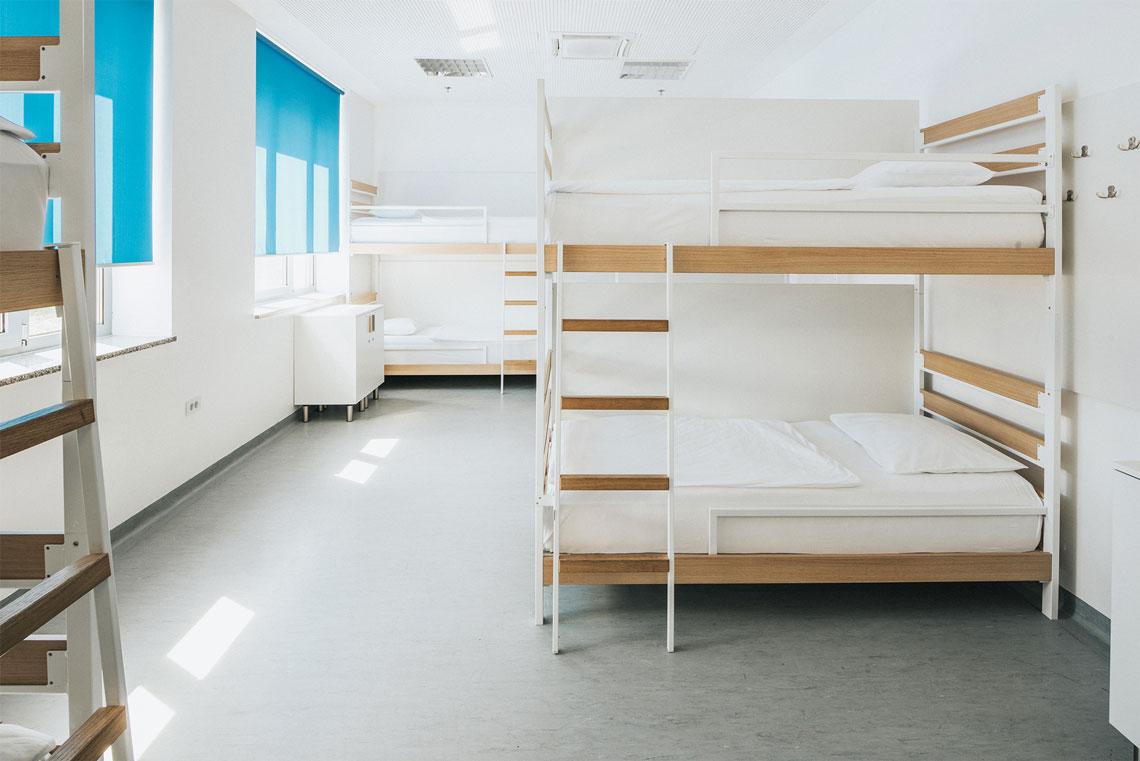 Metalni kreveti i ljestve