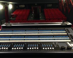 HRT donirao vrijednu opremu jaskanskom kazalištu