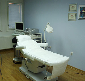 Poliklinika Maletić: transplantacija kose, liposukcija, FUE metoda, povećanje grudi, laserski tretmani