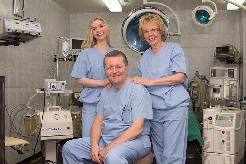 Osoblje poliklinike za estetsku kirurgiju Dr. Maletić